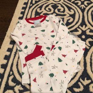 Bella Bliss boys Christmas pajamas exc cond